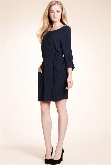 siyah kisa mini 2015 elbise modeli kadinlive com uzun kollu siyah mini elbise modeli