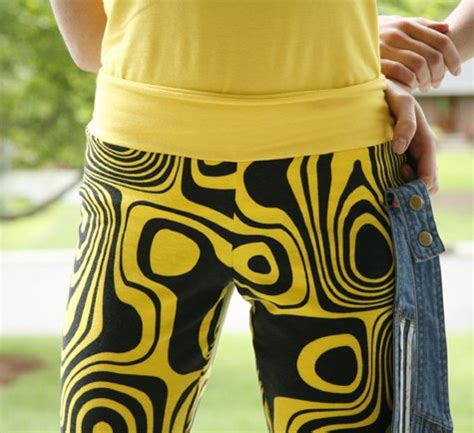 yoga pants with pattern best 25 yoga pants pattern ideas on pinterest sewing