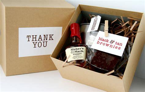 diy wedding gift ideas for and groom groomsmen gift ideas