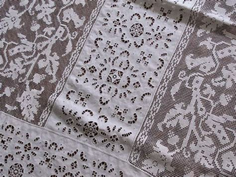 Handmade Lace Tablecloth - tablecloth 111 vintage linen tablecloth with handmade lace