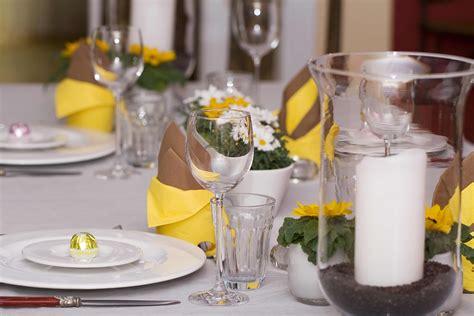 Tischdeko Mit Sonnenblumen by Hochzeitsdeko Sommer Sonnenblumen Bildergalerie