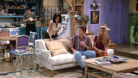 Friends Living Room by 25 Things You Didn T About The Sets On Quot Friends Quot