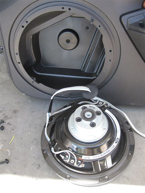 Ford Mustang Sepaket 2014 mustang speaker size autos post