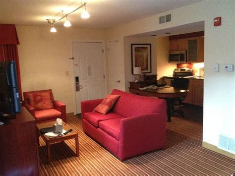 hotels with 2 bedroom suites in st louis mo view of living area picture of sonesta es suites st