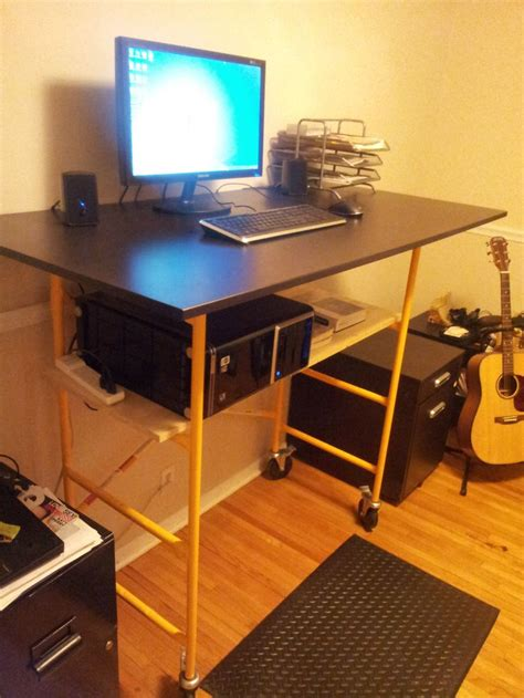 Diy Standing Desk Diy Standing Desk Standing Desks Diy Standing Desk Standing Desks And Diy And