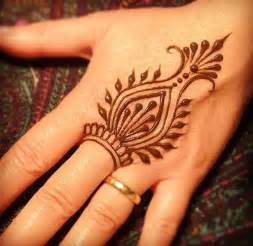 60 simple henna tattoo designs to try at least once