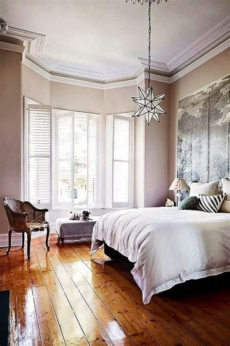 bedrooms with hardwood floors 35 beautiful eclectic bedroom designs inspiration