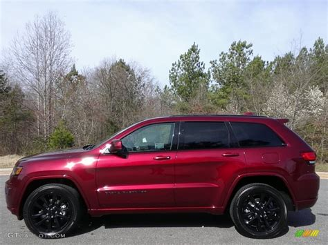 jeep grand cherokee limited 2017 red 2017 velvet red pearl jeep grand cherokee laredo 4x4