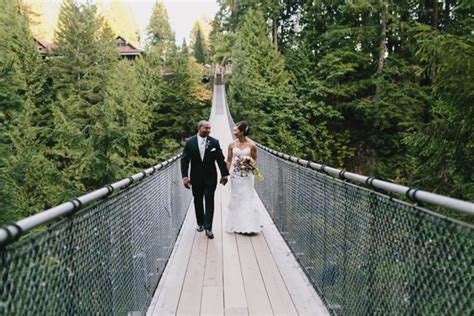 wedding bridge capilano suspension bridge wedding