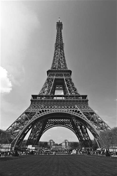 imagenes a blanco y negro de la torre eiffel la torre eiffel en blanco y negro 1 flickr photo sharing