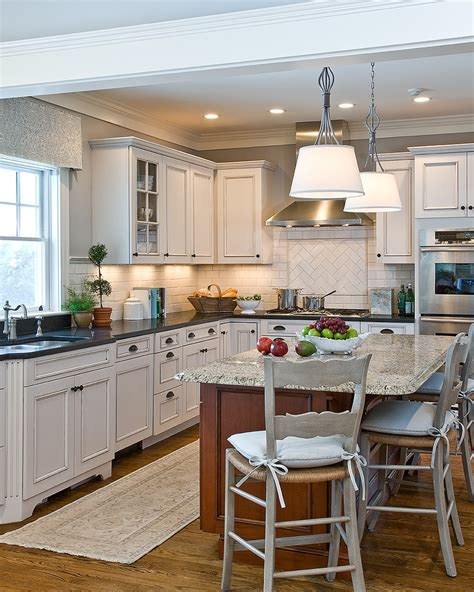 traditional backsplashes for kitchens backsplash designs kitchen traditional with range