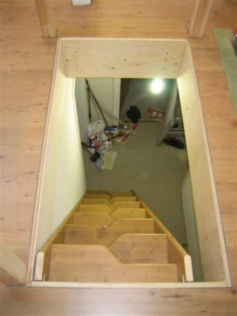 treppen für dachboden wohnzimmer treppe idee