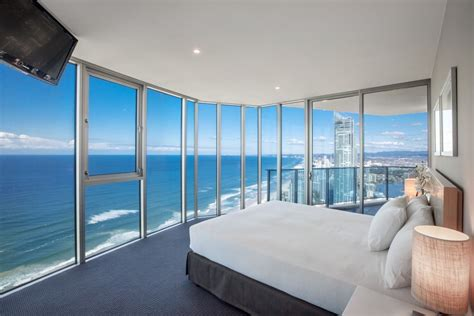 2 bedroom apartments in gold coast hilton surfers paradise schoolies accommodation gold