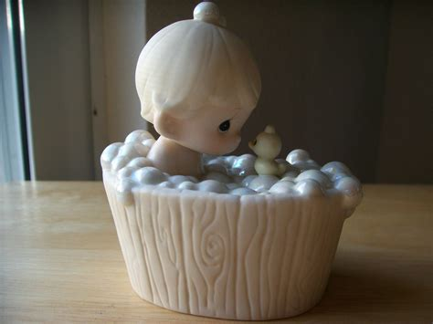 bathtub figurines 1987 precious moments a tub full of love figurine