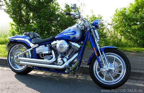 Motorrad Online Umfrage by Bild 1 Tr 246 Ten F 252 R Flst Xx Umfrage Harley Davidson