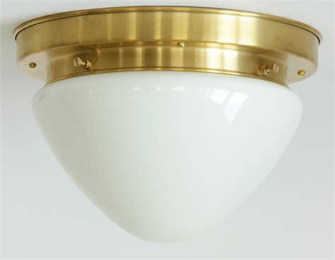 messing deckenleuchte messing deckenleuchte mit abgerundetem opalglas 216 26 cm