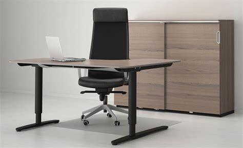 bureau r馮lable en hauteur ikea bekant le bureau ikea design r 233 glable en hauteur