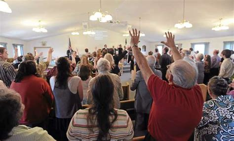 pentecostal church services