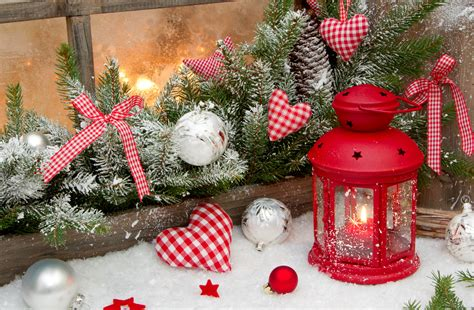 Dining Room Table Centerpieces Ideas by Candles Lanterns Christmas Light Christmas Decorations