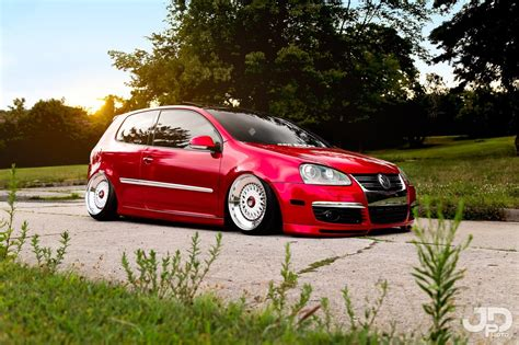 stanced volkswagen golf stanced volkswagen golf mk5