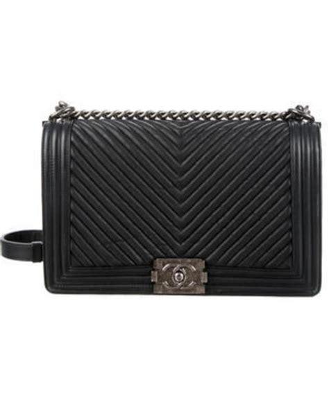 Ff Chanel Chevron Medium chanel シャネル の chanel new medium chevron boy bag ショルダーバッグ