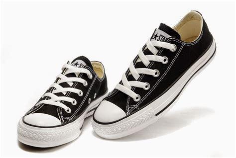 Sepatu Converse Hitam 9 cara uh menghitamkan kembali warna kain sepatu converse yang sudah pudar ade21