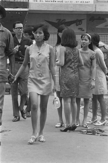 Rare Vintage Photos of The Life in Saigon in the 1960s by