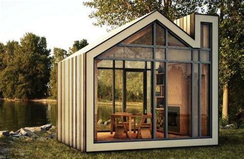 Small Home Kits Arizona Bunkie сборный садовый домик от канадских архитекторов