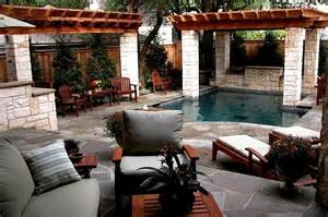 Ideas For Remodeling Small Bathrooms small backyard oasis