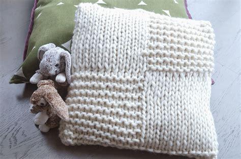 imprimer une photo sur un coussin tuto coussin baby par peace and wool le
