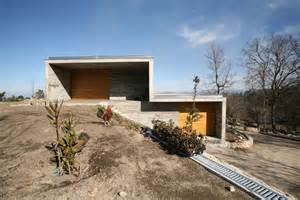 house on slope 8 gravity defying homes sited on steep slopes architizer
