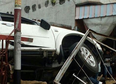 Kronologi Kejadian Kecelakaan by Kronologi Kecelakaan Pajero Di Medan Yang Menewaskan 2
