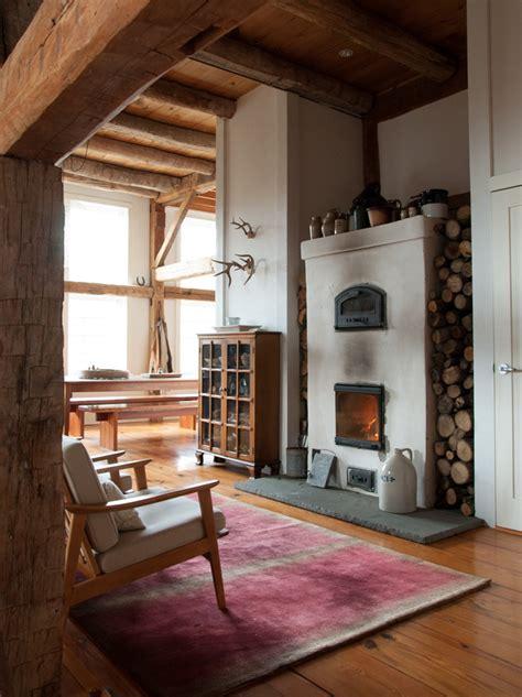 a rural 1800s barn becomes a modern home design sponge