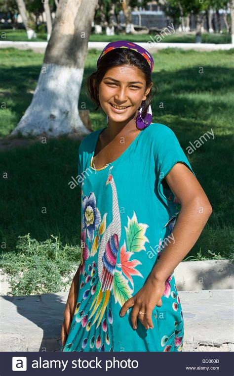 women uzbek stock photos women uzbek stock images alamy young uzbek woman in bukhara uzbekistan stock photo
