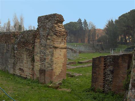di rimini anfiteatro romano di rimini