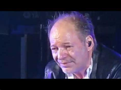 testo vita spericolata vasco vasco vita spericolata canzone live il si commuove