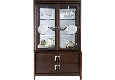 rooms to go curio cabinets 17 best images about curio cabinets on pinterest sofia