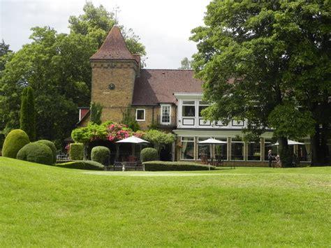 Budget Wedding Venues Berkshire by Badgemore Park Golf Club All Inclusive Budget Wedding