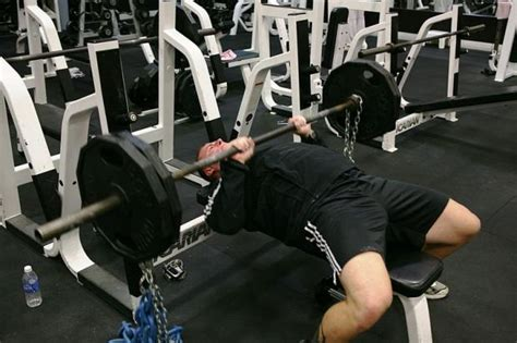 avoid shoulder injury bench press common bench press injuries 28 images physical therapy