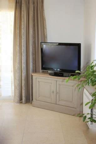 meubles tv d angle 730 meuble tv d angle montmajour coup de soleil mobilier
