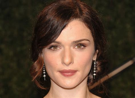 pics of women with a large nose pictures 10 beautiful women with big noses rachel weisz