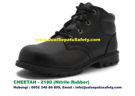 Sepatu Pdh Semi Boots Wanita cheetah 2180 gambar sepatu safety shoes semi boot bertali