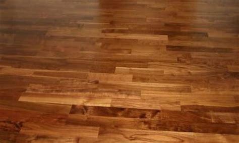 Holzboden Pflegen Parkett Oder Holzboden Versiegeln A Plus Reinigungen