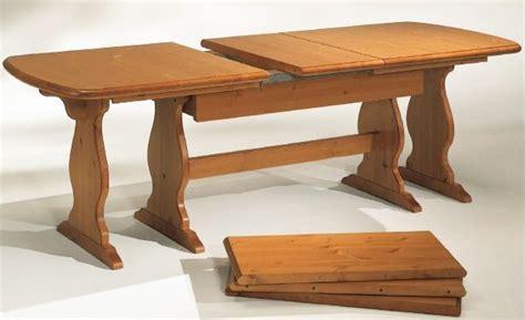 tavoli in pino tavoli in pino allungabile l190 a 370 arredamenti rustici