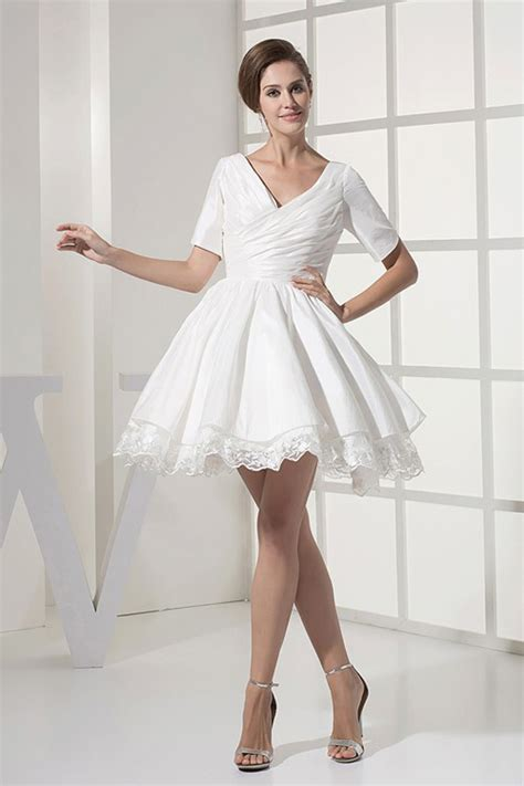 White Sort Wedding Dresses by White Dresses For Wedding Reception Styles Of