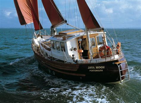 small liveaboard boats for sale 17 best images about boats nautical on pinterest