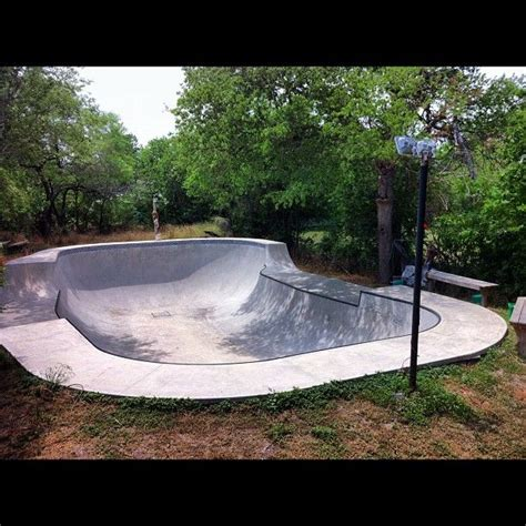 backyard bowl backyard bowl skatepark bowls pinterest
