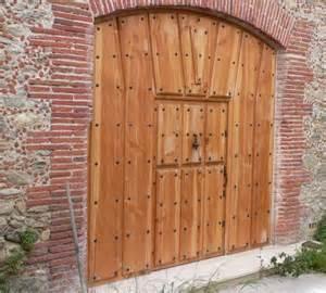 menuiserie monge sp 233 cialiste de porte d entr 233 e garage