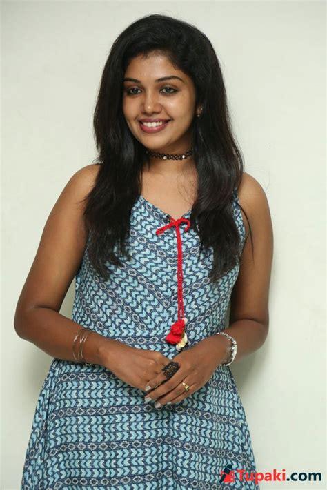 actress riythvika photos actress riythvika latest photos photogallery page 1