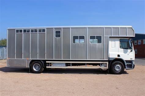 horseboxes for sale 5 horse tri star horsebox central england horseboxes